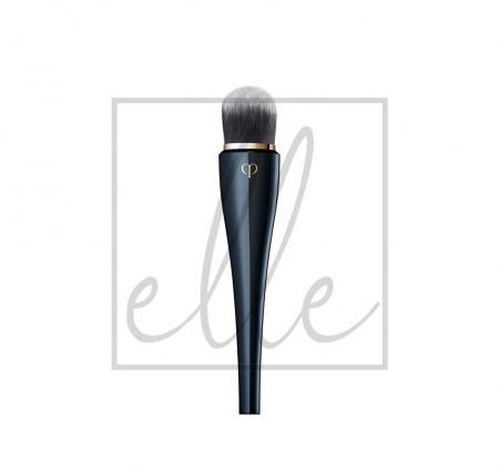 Clé de peau beauté light coverage foundation brush