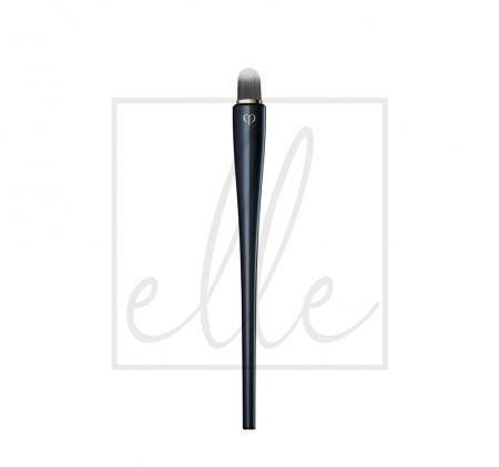 Clé de peau beauté concealer brush
